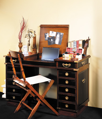 bureau de voyage madras bureau secr taire coiffeuse. Black Bedroom Furniture Sets. Home Design Ideas